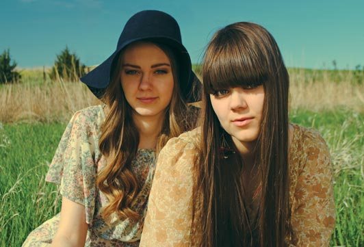 Messageboard For Love Fans - FIRST AID KIT-I met Up With The