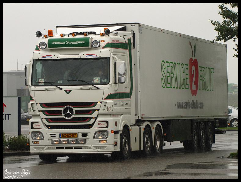 Transportfotos.nl • Toon onderwerp - Haaften Fruit, van ...